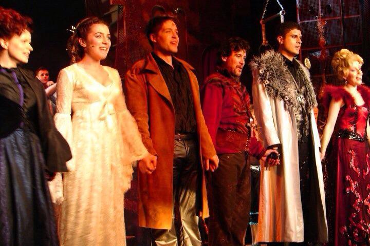 Oliver Romeo si Julieta scena