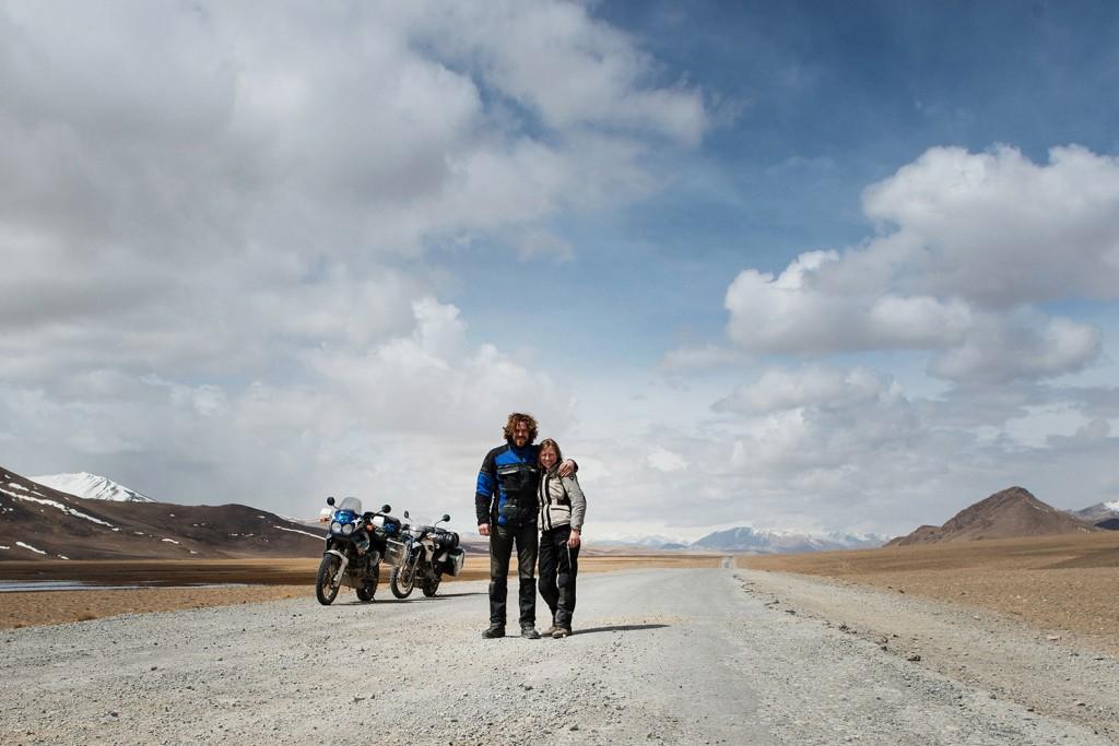 Mandy Brander and Pieter motorbike interview esenta tare