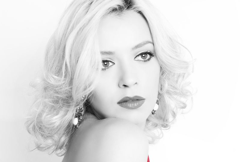 Diana Dumitrescu portret