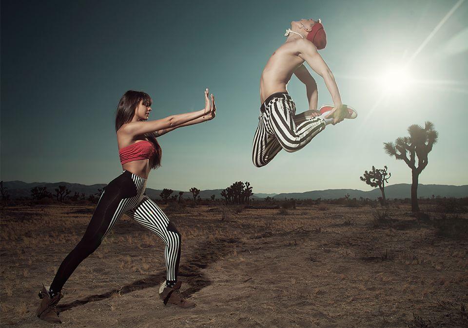 Luiza si Emil Rengle Edward Aninaru jump photo