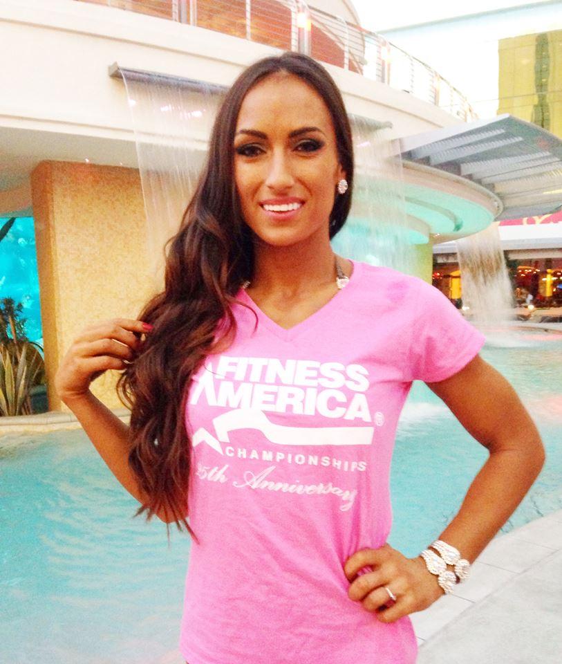 Anca Bucur la Fitness America Las Vegas
